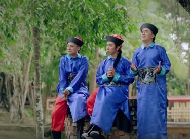 Liên khúc loto hồ quãng kể về cuộc đời Thái giám – Khưu huy vũ